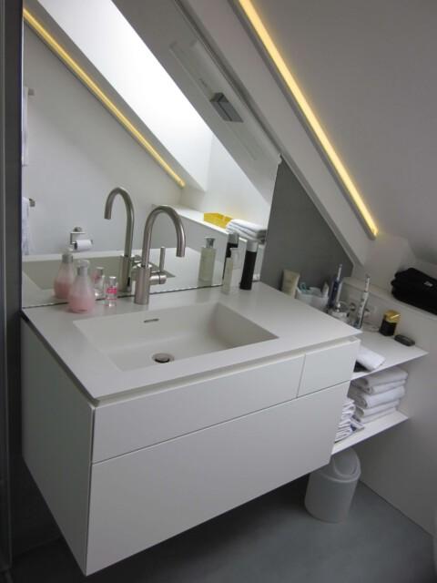 Schreiner in Köln Waschtisch Anfertigung